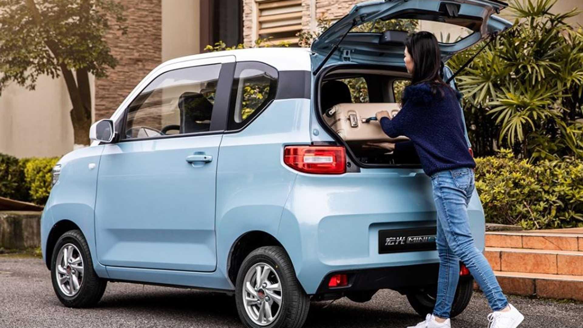 wuling hongguang mini electric car